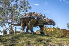 Dinosauriemodellen i krit- parkerar av Cal Orcko - Sucre, Bolivia Fotografering för Bildbyråer