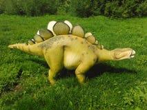 Dinosaurier - dinosaurien parkerar Fotografering för Bildbyråer