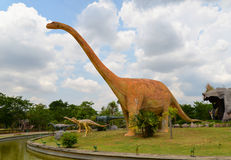 Dinosaurier Mamenchisaurus stockbild