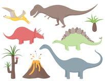 Dinosaurieuppsättning med tyrannosarien Rex, stegosaurusen, triceratopsen, diplodocusen, Pteradactyl, förhistoriska växter och vu Royaltyfri Bild
