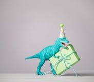 Dinosaurio del cumpleaños fotos de archivo