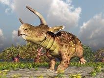 Dinosaurio Nasutoceratops en el bosque stock de ilustración