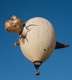 Dinosaurusballon tijdens de vlucht Stock Foto