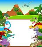 Dinosaurusbeeldverhaal met landschapsachtergrond en leeg teken Stock Foto's