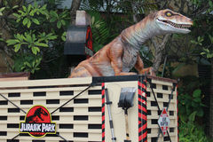 Dinosour @ universella studior Singapore Arkivbilder