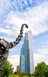 Dinossauro e arranha-céus Imagens de Stock Royalty Free