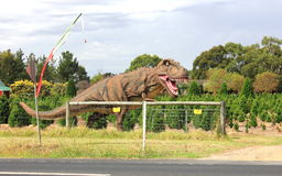 Dinossauro pré-histórico no parque do turista Fotografia de Stock