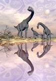 Dinossauros do Brachiosaurus perto da água - 3D rendem Foto de Stock Royalty Free