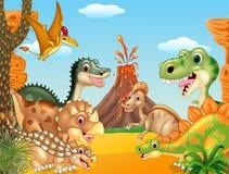 Dinossauros felizes dos desenhos animados com vulcão ilustração royalty free