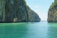 Dintorni dell'isola di Phi di Phi Fotografie Stock Libere da Diritti
