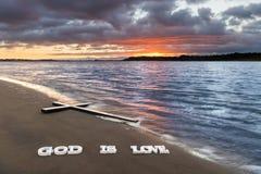 Dio trasversale è amore Fotografie Stock Libere da Diritti