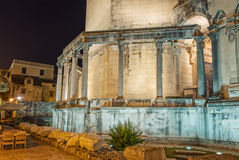 Diocletian宫殿在晚上 免版税库存照片