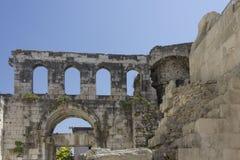 Diocletian宫殿,克罗地亚古老废墟分裂的 免版税库存照片