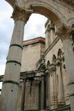 Руины римских зданий, дворца в разделении, Хорватии Diocletian стоковое фото rf