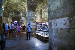Diocletian ` s宫殿,分裂,克罗地亚地窖  免版税库存图片