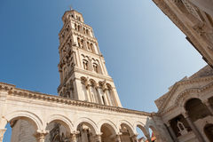 Diocletian slott med tornet i splittring, Kroatien Royaltyfria Bilder