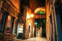 Diocletian slott på natten - ett forntida roman fördärvar i splittring, Kroatien Royaltyfria Foton
