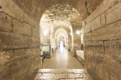 Diocletian slottkällare Arkivfoton