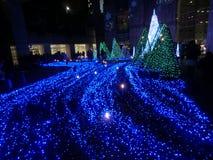 Diodo emissor de luz mais incrível do azul em Shiodome Imagem de Stock