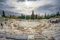Dionysus剧院在上城下,雅典,希腊废墟的  免版税库存照片