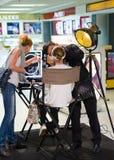 Dior电视节目预告行动在越南机场 免版税库存照片