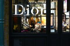 Dior精品店在伦敦 库存图片