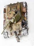 Diorama con el tanque viejo del soviet t 34 Visión superior Fotos de archivo
