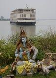 Dios hindú con el barco de río fotografía de archivo libre de regalías
