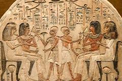 Dioses y jeroglíficos egipcios antiguos imagen de archivo