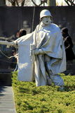 Dipinto commovente dei soldati che combattono, con la disperazione incisa sui fronti, memoriale dei veterani di guerra di Corea,  Fotografia Stock