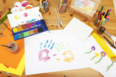 Dipinto dai bambini Fotografie Stock Libere da Diritti