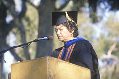 Diplômé d'UCLA de femelle Images stock