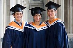 Diplômés dans le vestibule Images stock