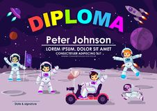 Diploma de los niños o certificado de plantilla fresca del logro y del vector del tema de la luna del espacio del aprecio Astrona stock de ilustración