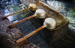 Dipper νερού στην ιαπωνική λάρνακα, Τόκιο, Ιαπωνία Στοκ φωτογραφία με δικαίωμα ελεύθερης χρήσης
