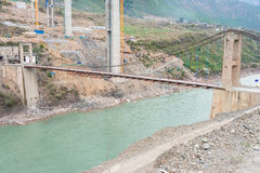 DIQING, ΚΊΝΑ - 18 ΜΑΡΤΊΟΥ 2015: Γέφυρα Cizhong στον ποταμό Lancang Α Στοκ Φωτογραφία