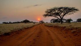 Dirección hacia fuera en la salida del sol Fotografía de archivo libre de regalías