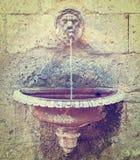 direct dricka metallkopplingsvatten Royaltyfria Foton