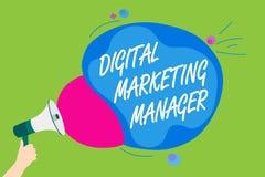 Directeur marketing de Digital des textes d'écriture Signification de concept optimisée pour signaler dans les conseils ou l'homm Illustration Libre de Droits