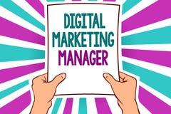 Directeur marketing de Digital des textes d'écriture de Word Concept d'affaires pour optimisé pour signaler dans les conseils ou  Illustration de Vecteur