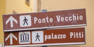 Direction signs to Ponte Vecchio in Florence Stock Photography