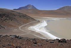 Direktübertragung, unfruchtbare vulkanische Landschaft der Atacama-Wüste, Chile Stockbild
