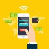 Direktanslutet och mobilt betalningbegrepp Mänskligt trycka på för handfinger Royaltyfri Bild