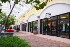 Direktverkauf-Mall des Rotwild-Park-NY Stockbild