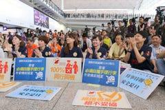 Diretor-executivo Luggage Incident do protesto em Hong Kong Airport imagem de stock