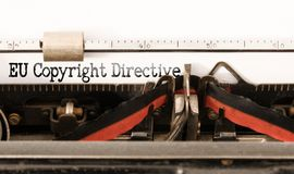 Diretriz orientadora da UE Copyright das palavras escrita na máquina de escrever do vintage fotos de stock