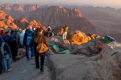 Direzione dei pellegrini giù dal monte Sinai santo, Egitto Fotografia Stock Libera da Diritti
