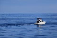 Direzione fuori al mare Immagine Stock