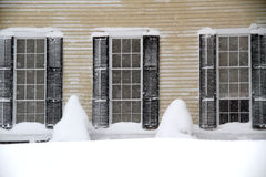 Direzioni della neve e di Windows Immagine Stock Libera da Diritti
