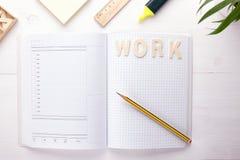 Diriga i vostri pensieri, piani ed organizzi il vostro tempo di lavoro immagini stock libere da diritti
